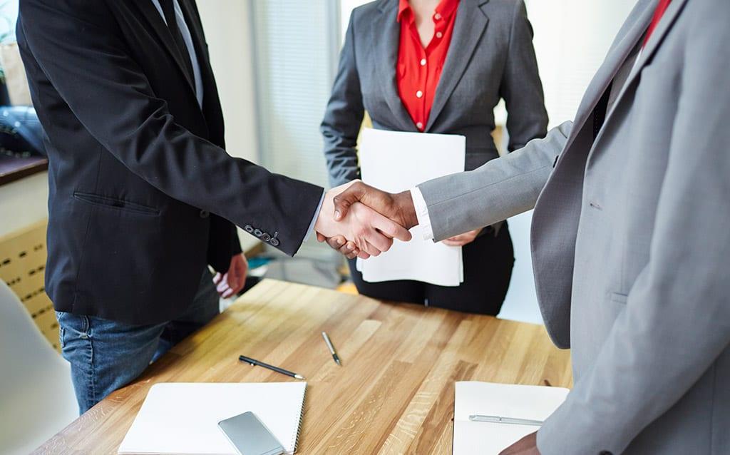 מגשר עסקי כדי לעשות סדר בעסק שלכם