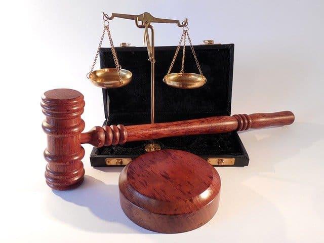 למה כדאי להוסיף תניית שיפוט להסכם?