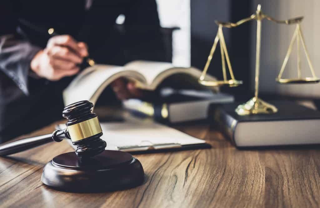 סקירה-על-בתי-המשפט-בארץ